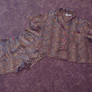 Kathryn gently worn leopard print short sleep set
